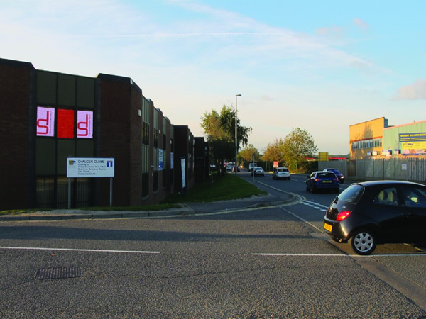 XY LED | Medway City Estate Advertising